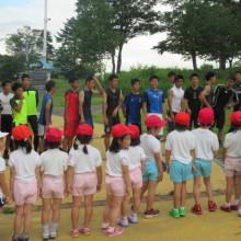 山田高校のサッカー部と遭遇。2学期にサッカー教室でお世話になります。